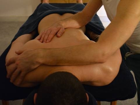 Lawrence - Quiet City Massage