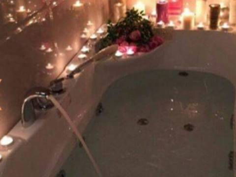 🍭🍭Massage in Bath with bubbles🍭🍭