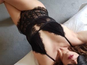 Full body massage by Sania In Baker st