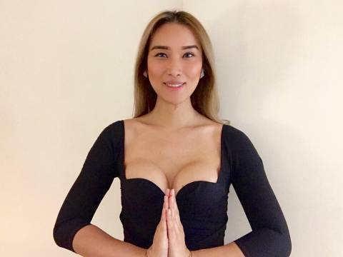 Belle Female Trans Massage