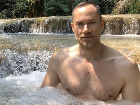 MALE MASSAGE 4 LONDON - MALE MASSEUR FOR GAY / BI / STRAIGHT MEN IN CLAPHAM, SOUTH LONDON