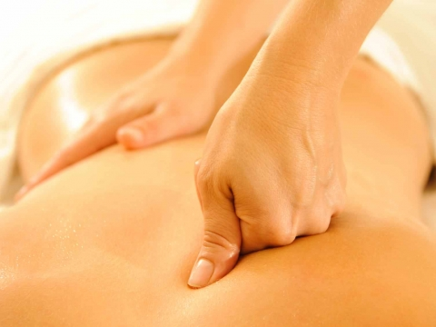 Massage  you in Queensway